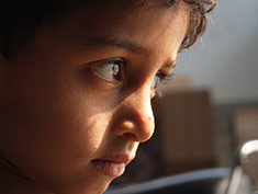 enfant visage regard